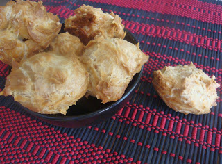 gougeres,cheese puff
