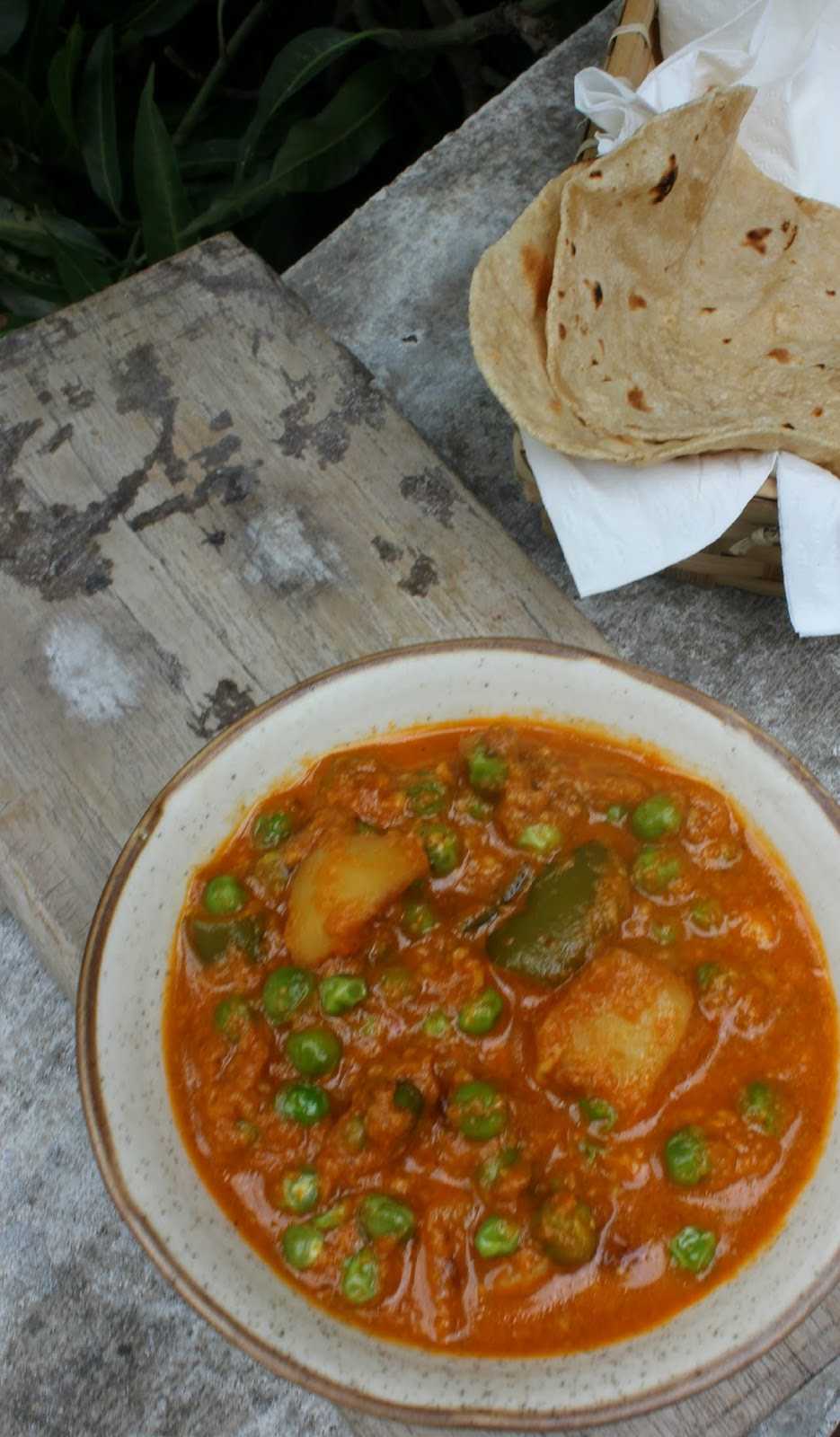 capsicum aloo mutter