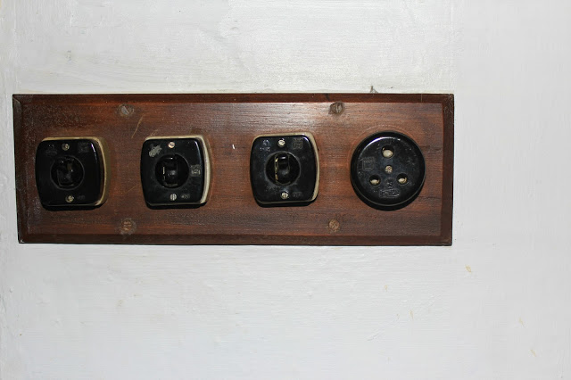 antique electrical switches